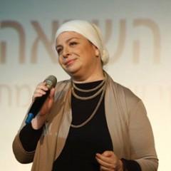 להיות מלכת אסתר ולא רק בפורים – איך לחיות חיים מלאים בהגשמה ומשמעות